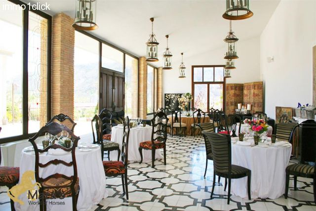 beauftiul Hacienda Hotel with equestrian centre for sale in Alicante, Costa Blanca, Valencia
