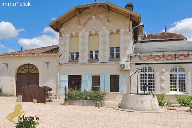Countryhouse, horseproperty, B&B, guestaccommodation, pool, horsestables, Francia, Charente-Maritime, Bordeaux, for sale